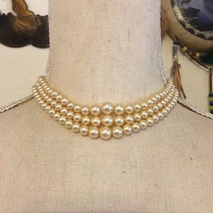 Antique 40s graduated triple strand pearl necklace